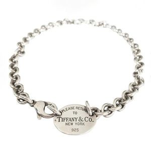 TIFFANY Silver Return to Tiffany Oval Tag Necklace